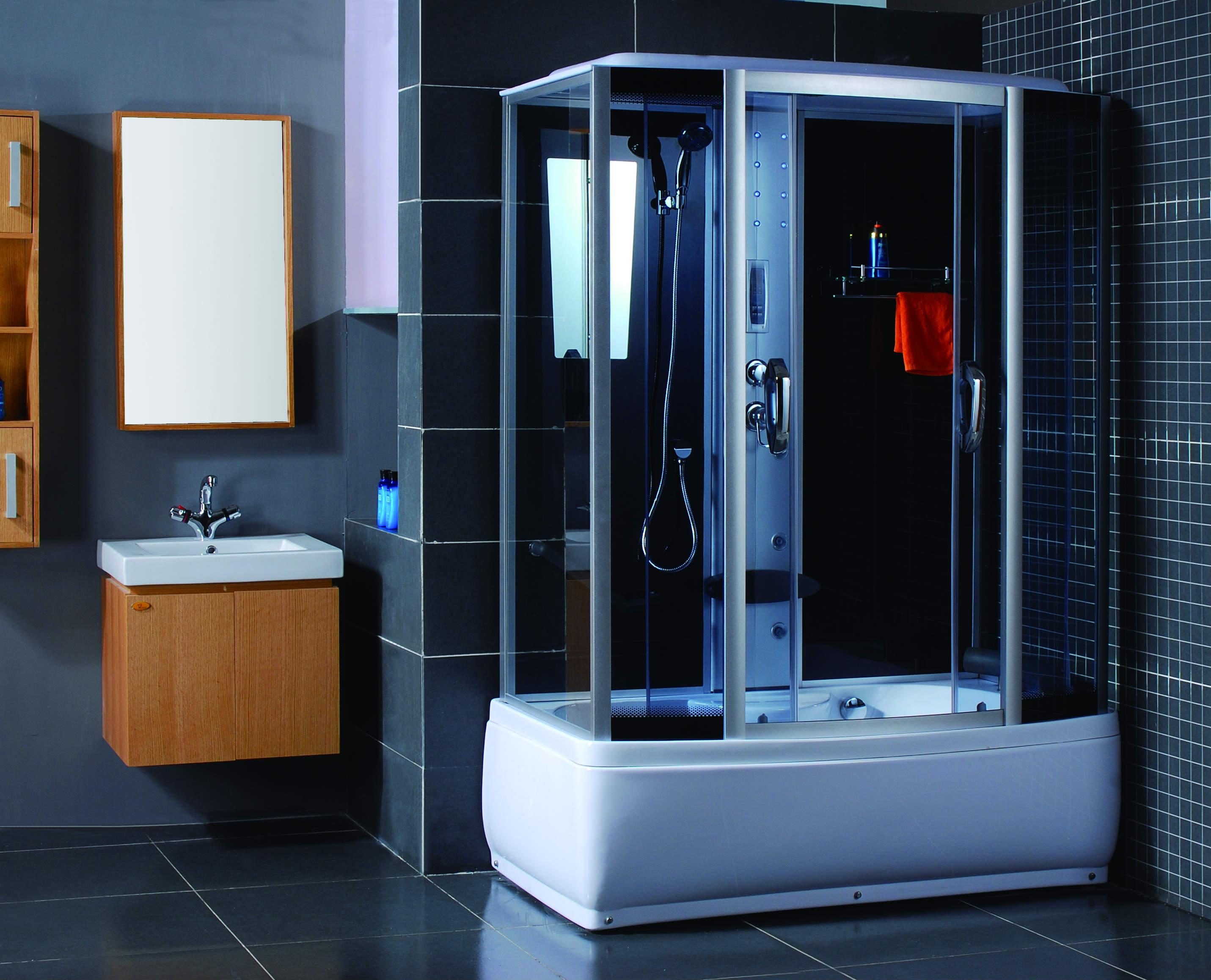 Что выбрать – душевую кабину или ванную?